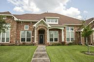 3334 Knollcrest Ln Pearland TX, 77584