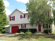 16 Laurie Ln Edison NJ, 08817