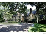 15 Pine Valley Drive Saint Louis MO, 63124
