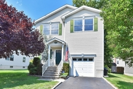21 Grove St Summit NJ, 07901