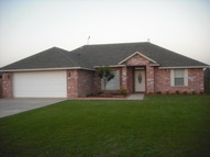 70 Ne Deer Field Dr. Elgin OK, 73538