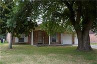 267 Coach Lamp Ln Houston TX, 77060
