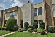 5228 Woodlawn Pl Bellaire TX, 77401
