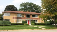 10350 Canterbury Street 1e Westchester IL, 60154