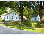 26 West St Petersham MA, 01366