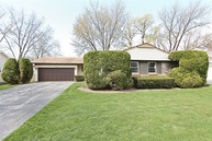 631 Wyngate Lane Buffalo Grove IL, 60089