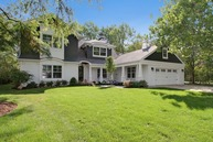 701 Woodmere Lane Glenview IL, 60025
