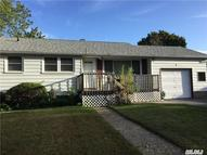 4 Hileen Dr Kings Park NY, 11754