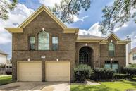 2405 Evergreen Dr Pearland TX, 77581
