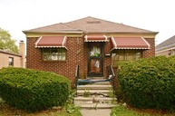 9707s Green St Chicago IL, 60643