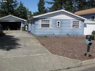 2245 12th St Florence OR, 97439