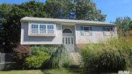 33 Lakeview Dr Mastic Beach NY, 11951