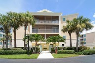 8814 S Sea Oaks Way Apt 303 Vero Beach FL, 32963