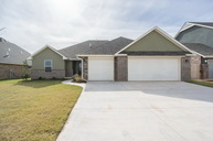 8708 Sw 65th St Mustang OK, 73064
