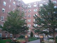113-14 72nd Rd 2s Forest Hills NY, 11375
