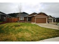 1887 S 58th St Springfield OR, 97478