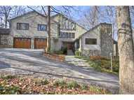 4224 Whitewater Creek Road Nw Atlanta GA, 30327