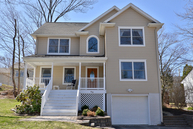 43 Lakeview Dr West Milford NJ, 07480