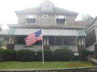 207 S Valley Ave Olyphant PA, 18447