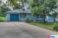 1903 Childs Rd E Bellevue NE, 68005