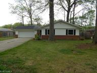 28702 Holly Dr North Olmsted OH, 44070
