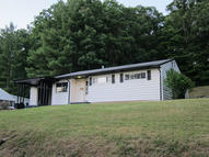 67 Old White Trl White Sulphur Springs WV, 24986