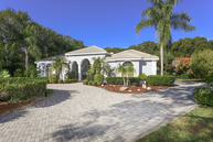 8226 Regents Ct University Park FL, 34201