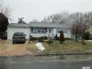 166 Westwood Dr Brentwood NY, 11717