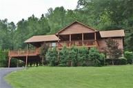 630 Harbor Dr Lancaster TN, 38569