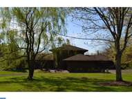 6496 Blueberry Ln Pipersville PA, 18947