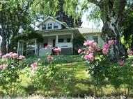 705 State St Hood River OR, 97031