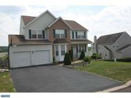 1282 Meadowview Dr Pottstown PA, 19464