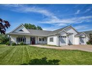 1009 Twin Harbor Dr Winneconne WI, 54986