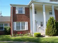 10436 Manorford Dr Unit: 43 Parma Heights OH, 44130
