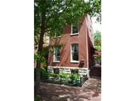 1204 Mackay Place Saint Louis MO, 63104