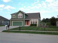 243 S Whilshire Drive Tonganoxie KS, 66086