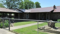 13529 Red Barn Rd. Cameron OK, 74932