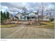 1317 Bell Rd Chagrin Falls OH, 44022