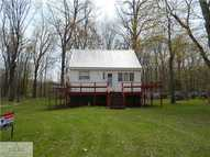 2046 Howard Point Dr Nashville MI, 49073