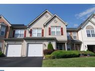 305 Carrington Ct Warminster PA, 18974