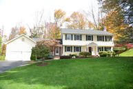 102 Apple Valley Cir Clarks Summit PA, 18411