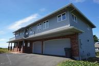 2417 Nw Inlet Ave Lincoln City OR, 97367