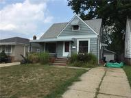 8806 Pinegrove Ave Parma OH, 44129