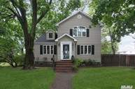 2441 Oxford St East Meadow NY, 11554