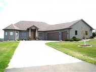 1244 N Country Crest Cr Hortonville WI, 54944