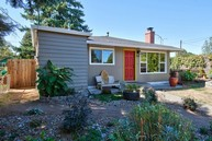 3517 Se 67th Ave Portland OR, 97206