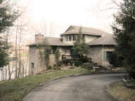 39 Lake Point Court Crossville TN, 38555