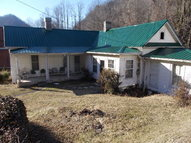 1069 New House Rd Grundy VA, 24614