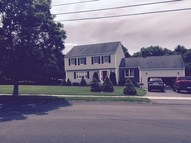2 Whispering Pines Dr Wallingford CT, 06492