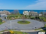 192 Pace Dr West Islip NY, 11795